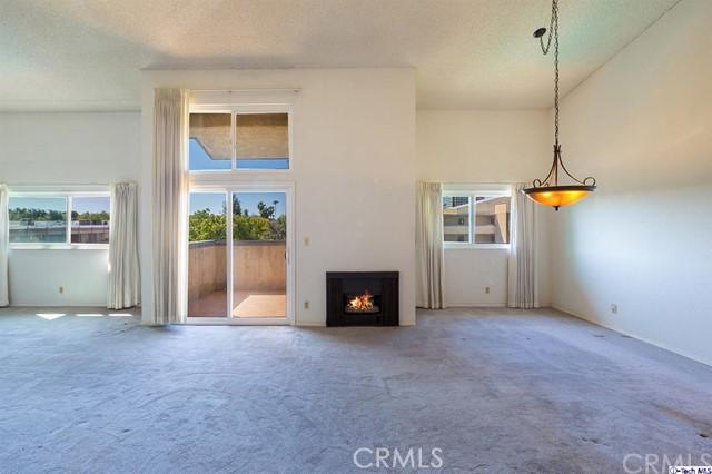 320 E Stocker Street 302, Glendale, CA 91207