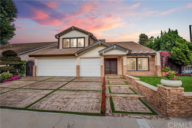 2702 Starbird Drive, Costa Mesa, CA 92626
