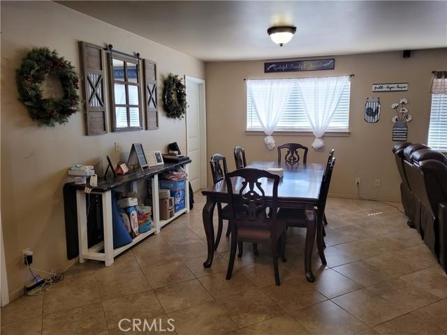 7913 Maple Avenue, Hesperia, California 92344, 2 Bedrooms Bedrooms, ,2 BathroomsBathrooms,Residential,For Sale,Maple,IV21226567