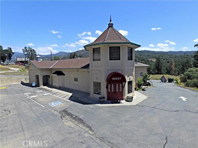 40637 Highway 41 Highway, Oakhurst, CA 93644