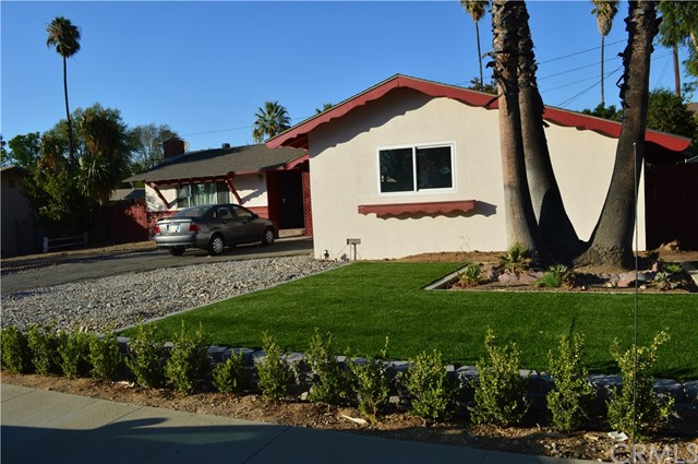 415 W Campus View Drive, Riverside, CA 92507