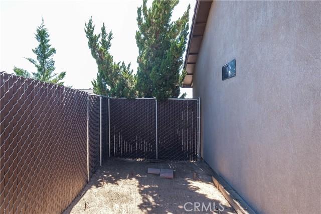 47. 7043 Via Flores Street Hesperia, CA 92345