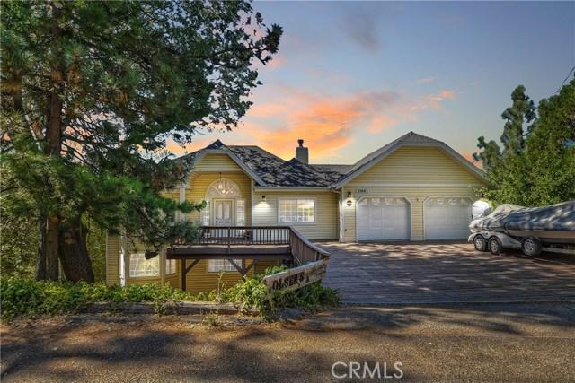 27663 St Bernard Lane, Lake Arrowhead, CA 92352