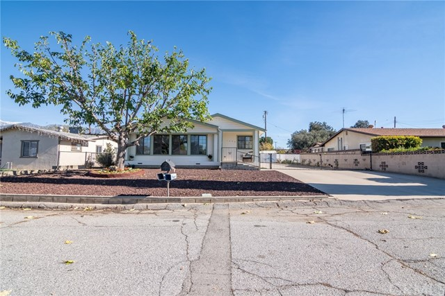 1099 Brady Lane, Calimesa, CA 92320