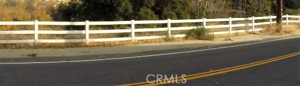 8 Johnson Ave, Val Verde, CA 91384 Photo 8