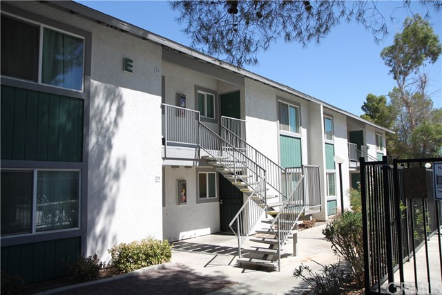 14243 Rodeo Drive, Victorville, CA 92395