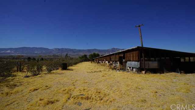 11170 Christenson Rd, Lucerne Valley, CA 92356 Photo 32