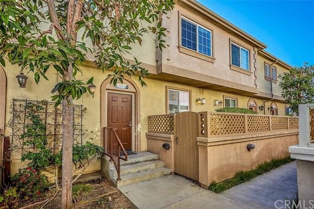 1441 Lomita Boulevard, Harbor City, California 90710, 3 Bedrooms Bedrooms, ,3 BathroomsBathrooms,Townhouse,For Sale,Lomita,SB19014356