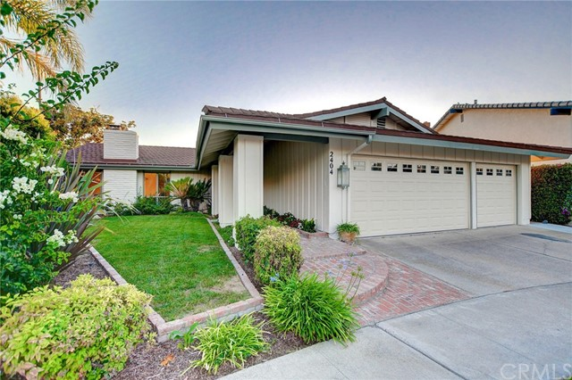 2404 N Maple Grove Road, Orange, CA 92867