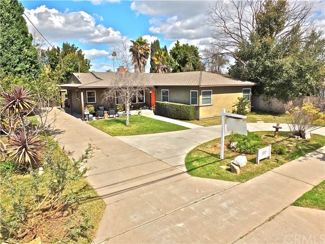 1717 W Palmyra Avenue, Orange, CA 92868