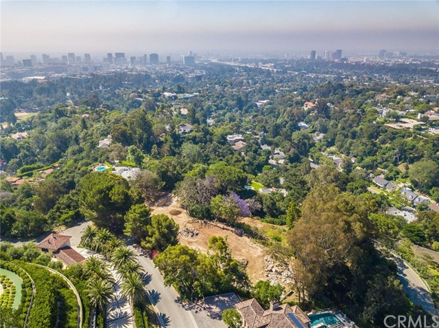 11100 Chalon Road Bel Air, CA 90049