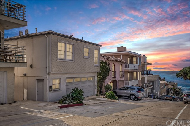 216 44th Street- Manhattan Beach- California 90266, ,For Sale,44th,SB20030996