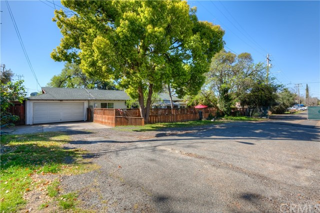 2975 D Street, Oroville, CA 95966