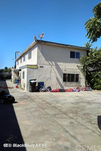 1700 E 62nd Street, Los Angeles, CA 90001