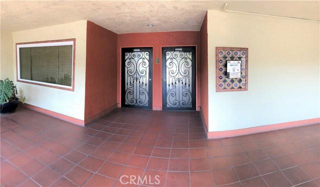 1707 Pacific Coast Hwy 504, Hermosa Beach, California 90254, 2 Bedrooms Bedrooms, ,2 BathroomsBathrooms,For Rent,Pacific Coast Hwy,SB21034293