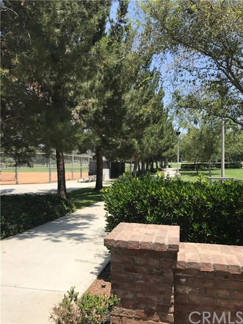 96 Great Lawn, Irvine, CA 92620 Photo 29