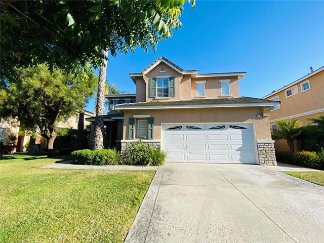 4 bedrooms, 3 baths, 2,607sqft. Bright and Airy, 3 car detached garage. Conveniently located nearby shopping center, restaurants, commercial offices and industries. Very easy access to the Freeway 10 and 60. Great peaceful gated community with 24 hours security guard, Children entertainment Venues.