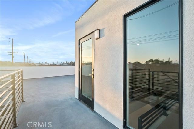2321 Vanderbilt Lane B, Redondo Beach, California 90278, 3 Bedrooms Bedrooms, ,2 BathroomsBathrooms,For Rent,Vanderbilt,PV21010294