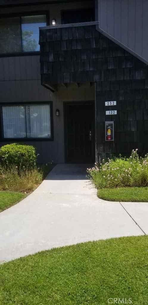 1190 S Winery Avenue 132, Fresno, CA 93727