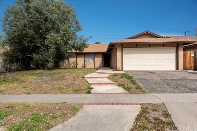 5611 W Highland Street, Santa Ana, CA 92704