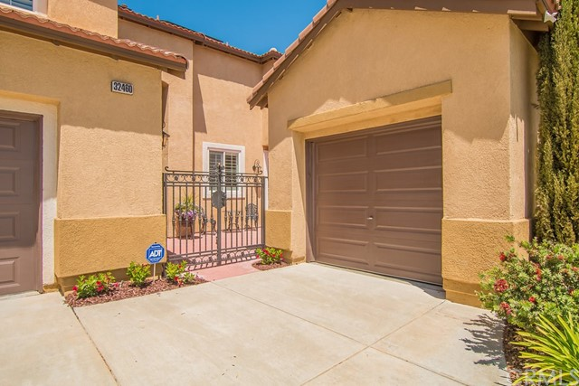 32460 Rosado Ct, Temecula, CA 92592 Photo 2