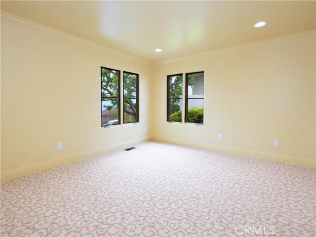 25. 1012 Via Mirabel Palos Verdes Estates, CA 90274