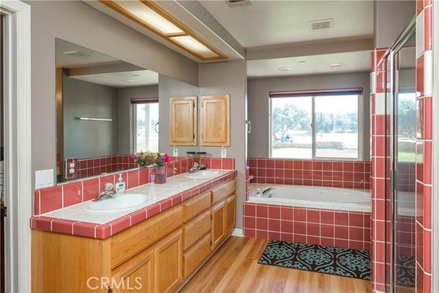 9875 Alta Mesa Rd, Oak Hills, CA 92344 Photo 31