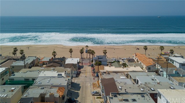 Property for sale at 116 40th Street Unit: S, Manhattan Beach,  California 90266