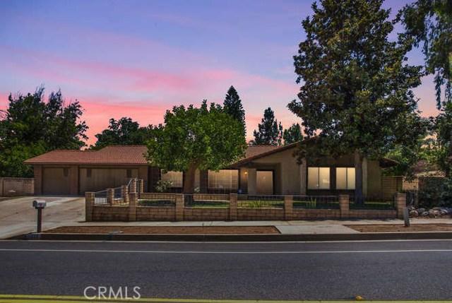 1323 W Fern Avenue, Redlands, CA 92373