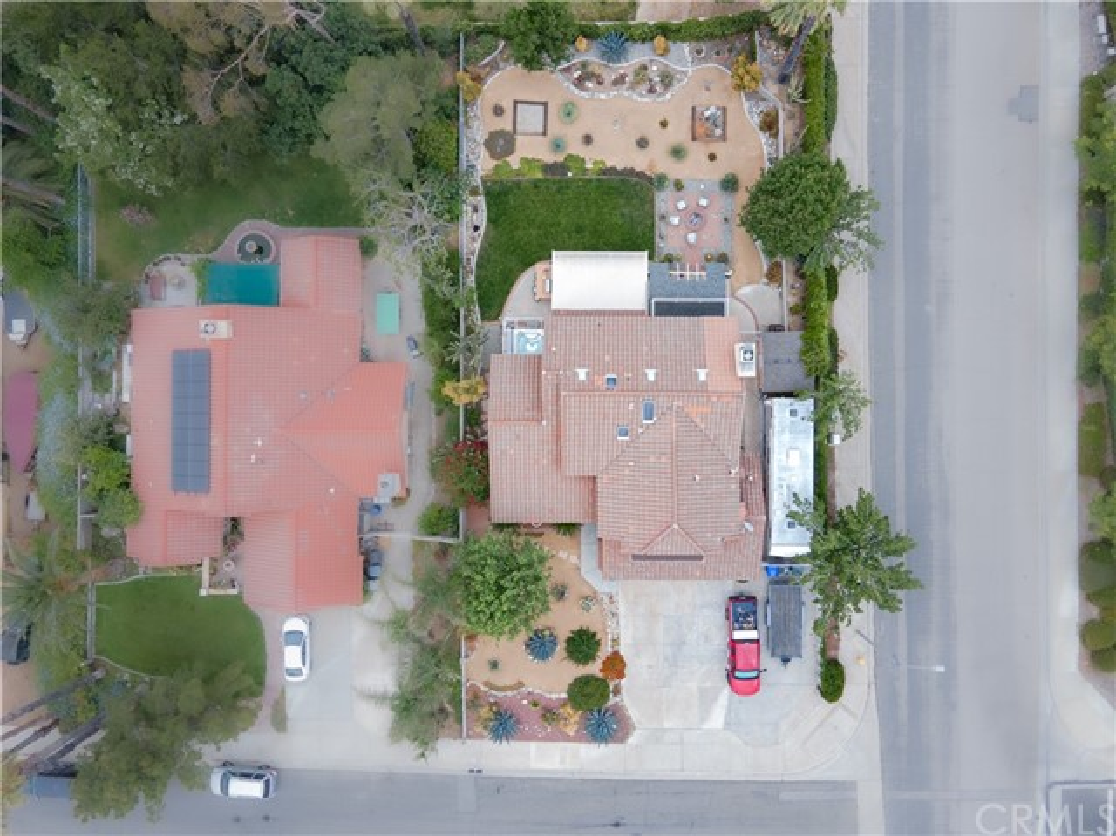 47. 6816 Huntington Drive San Bernardino, CA 92407