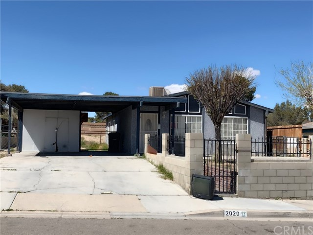 Photo of 2020 Sequoia Drive, Barstow, CA 92311