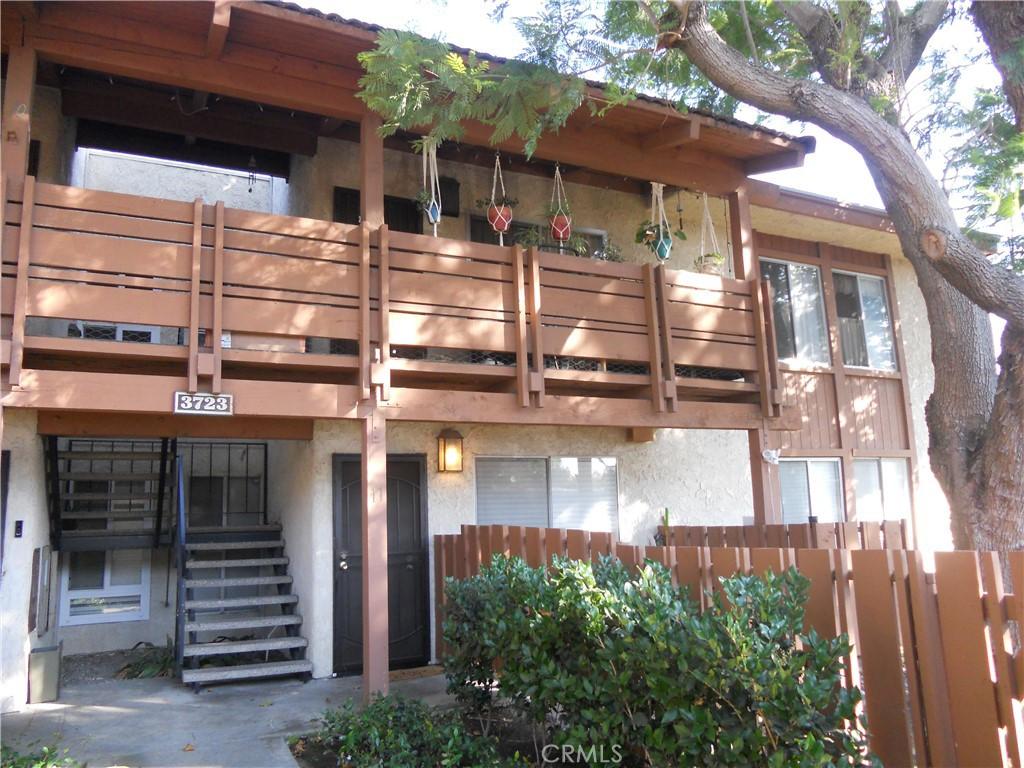 3723     Country Club Drive   12, Long Beach CA 90807