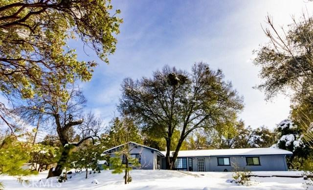 51704 Little Lake Road, Oakhurst, CA 93644