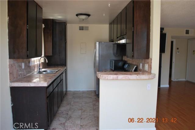 3. 13903 Sherman Way #2 Van Nuys, CA 91405