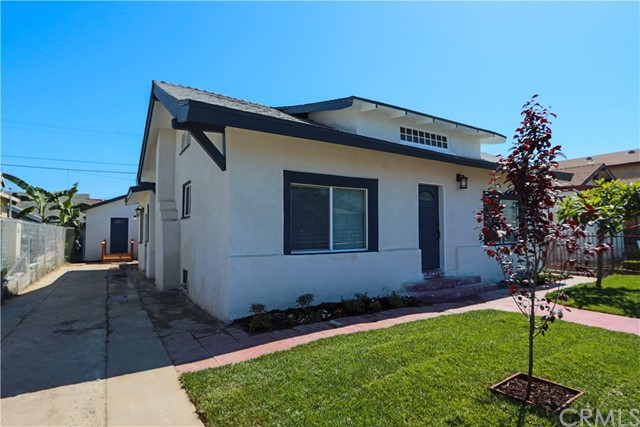 922 W 51st Place, Los Angeles, CA 90037