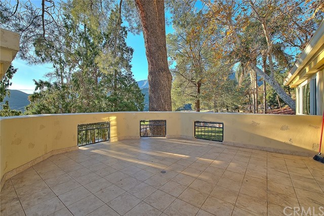 Image 50 of 2680 N Mountain Ave, Upland, CA 91784