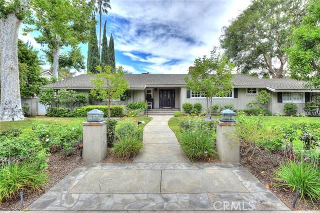 17622 Weddington Street, Encino, CA 91316