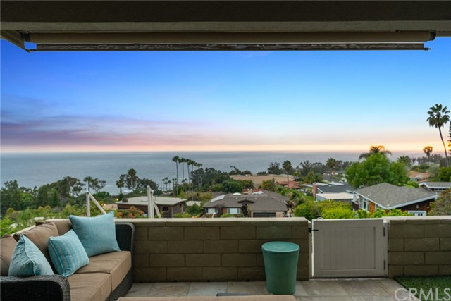 21. 21692 Ocean Vista Drive #C Laguna Beach, CA 92651