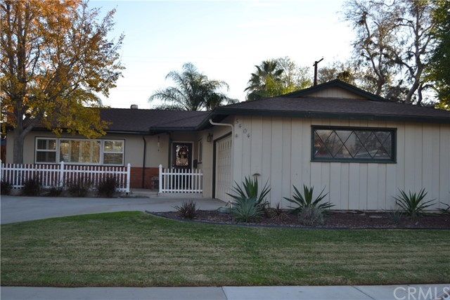 5404 Greenbrier Drive, Riverside, CA 92504