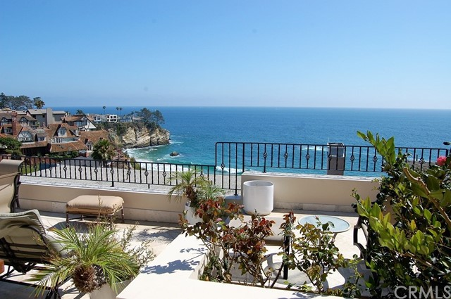 10 Bay Drive, Laguna Beach, CA 92651