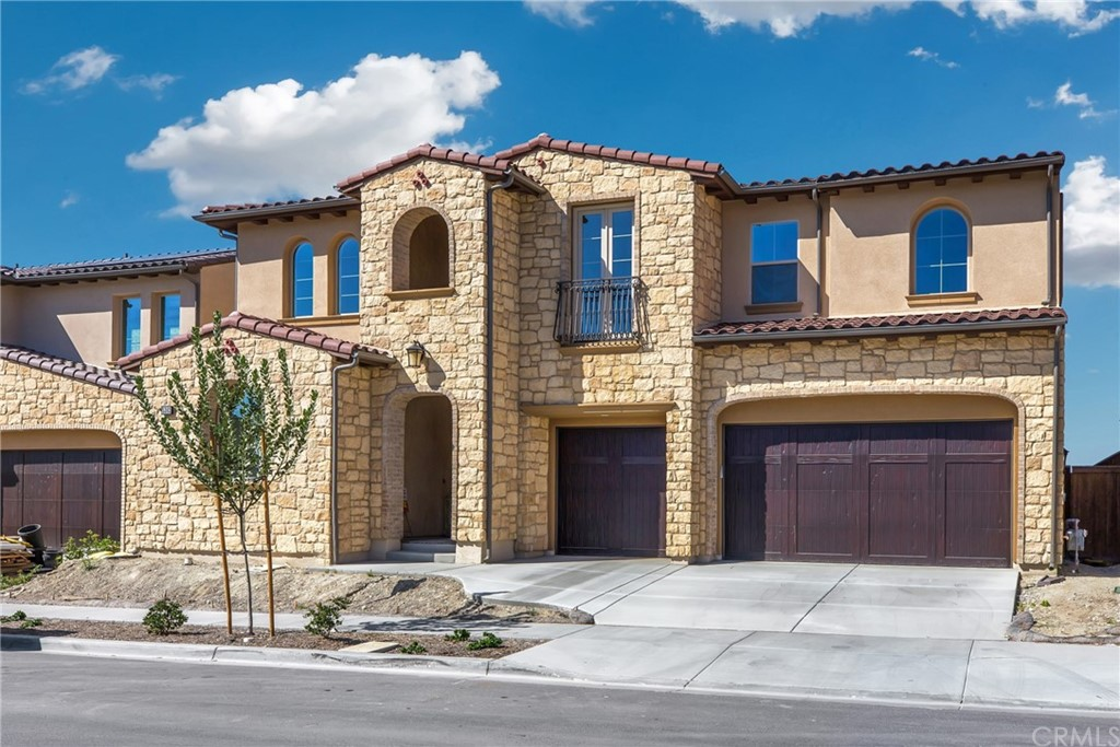 Photo of 5382 Heritage Oak Drive, Lake Forest, CA 92679