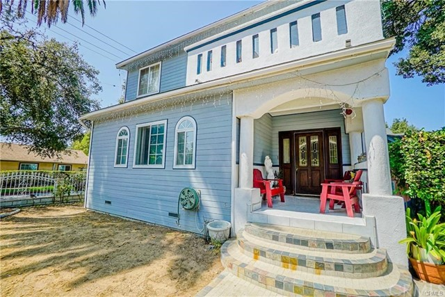1745 N Garfield Avenue, Pasadena, CA 91104