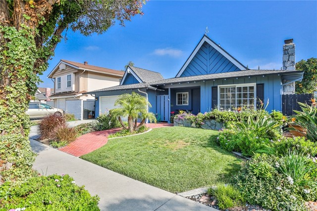 17292 Wild Rose Lane, Huntington Beach, CA 92649