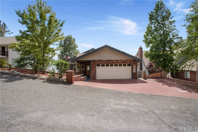 30055 Enchanted Way, Running Springs, CA 92382