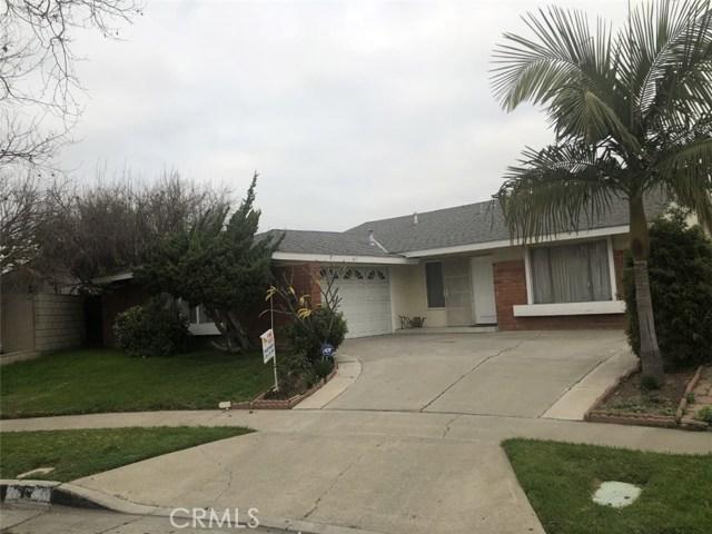 817 E Borchard Avenue, Santa Ana, CA 92707