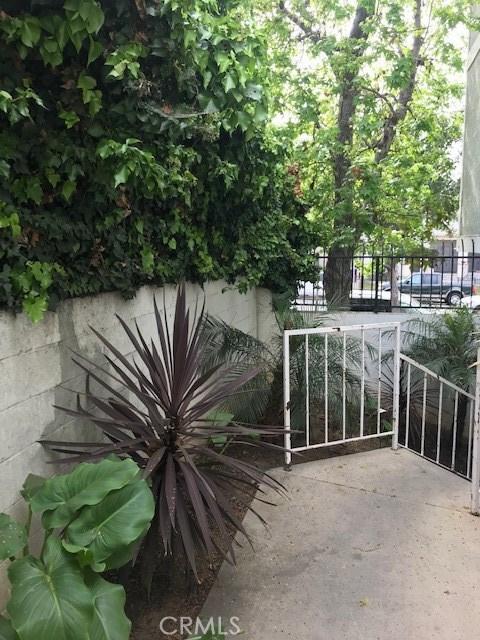 1566 Pine Avenue 206A, Long Beach, CA 90813