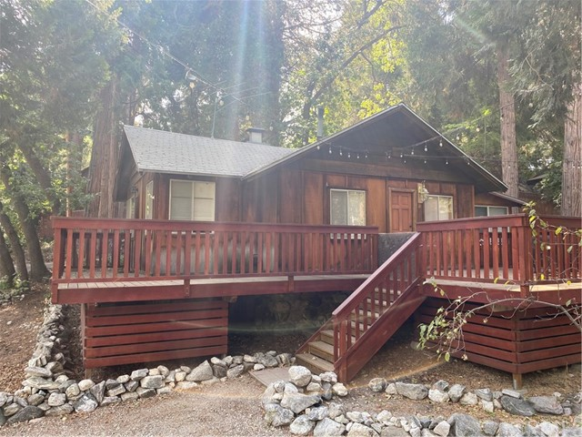 41405 Valley Of The Falls Drive, Forest Falls, CA 92339