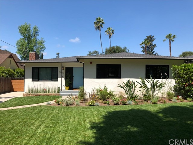 1039 N Holliston Avenue, Pasadena, CA 91104