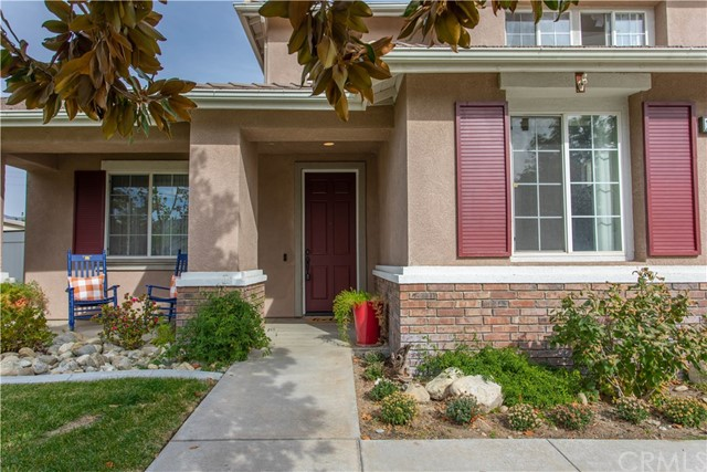 1558 Foothill Way, Redlands, CA 92374