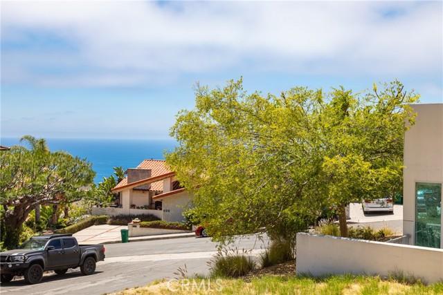 39. 600 LORETTA Drive Laguna Beach, CA 92651